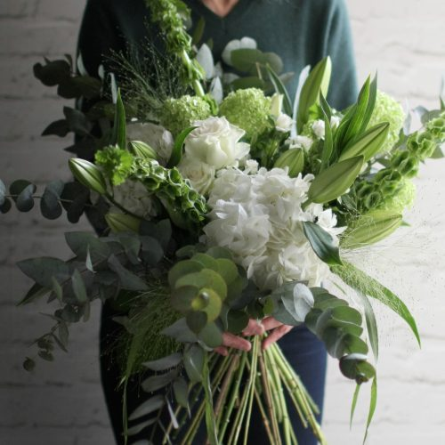 Large tied bouquet (white)